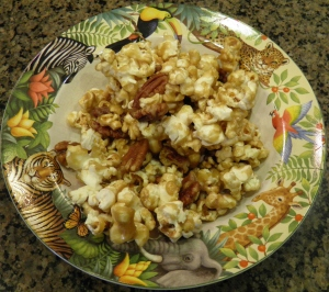 Pecan Carmel Pop Corn Mix